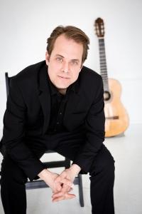 Bradley Colten, guitar 6